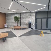 Габионна стена 2DS - приложение в интриор, Спортен център в София