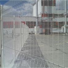 Оградна система Securifor 3D - Дистрибуторски център на Кока-Кола България